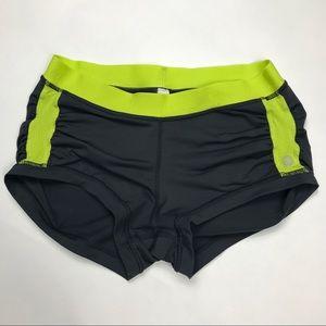 Lululemon Athletica Womens Stretch Short Shorts